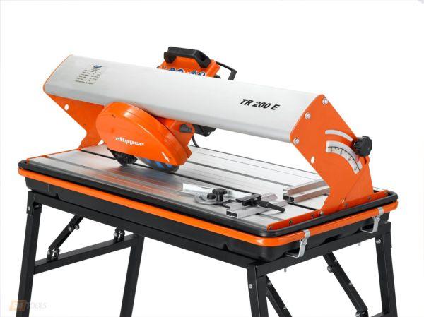 Электрический плиткорез Norton Clipper TR200E -устройство для влажной и сухой резки