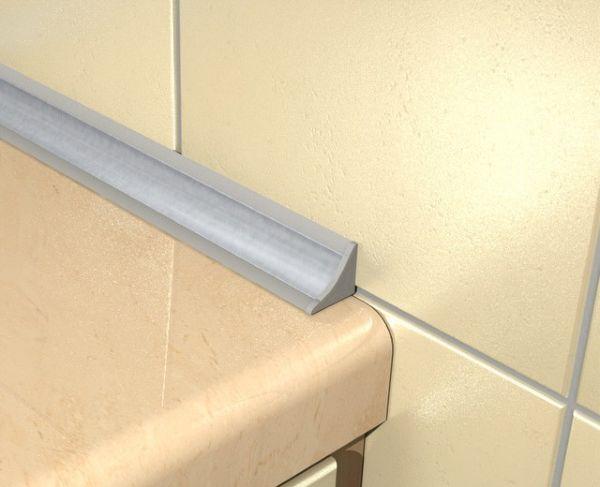 Тримы могут быть металлическими или пластмассовыми