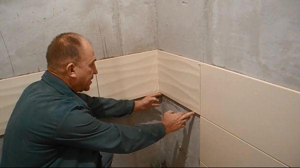 От того, как разложена кафельная плитка в ванной комнате зависит многое