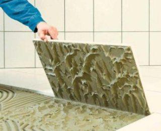 Как выбрать наиболее подходящий клей для облицовки ванной