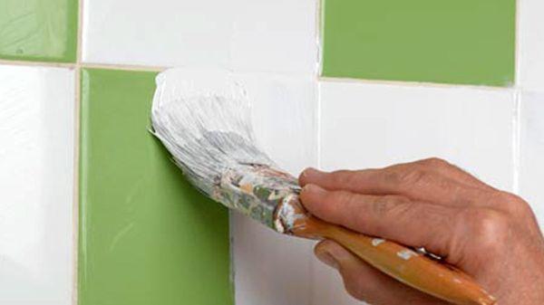 Как покрасить керамическую плитку на полу