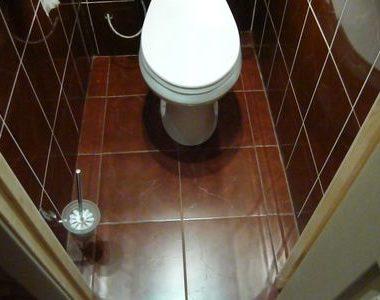 Как уложить плитку в туалете