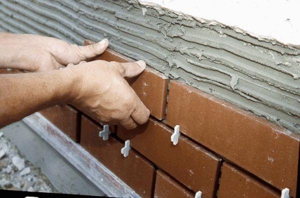 мокрый способ отделки фасадов клинкерной плиткой