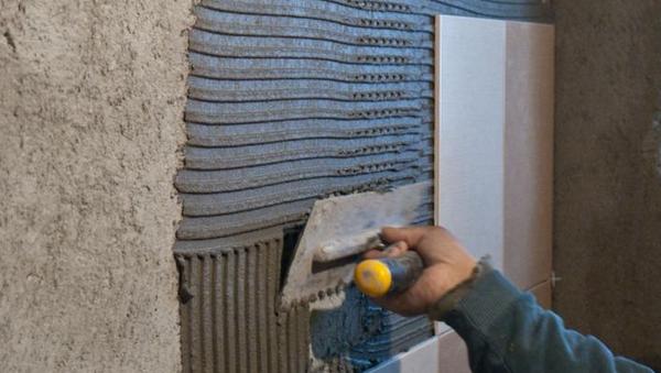 Укладка плитки на стену: как правильно положить самому?