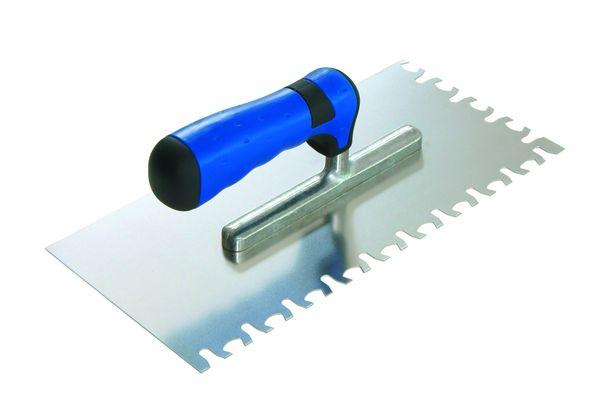 Взависимости от размеров и толщины плитки применяются и инструменты с разными размерами зубьев