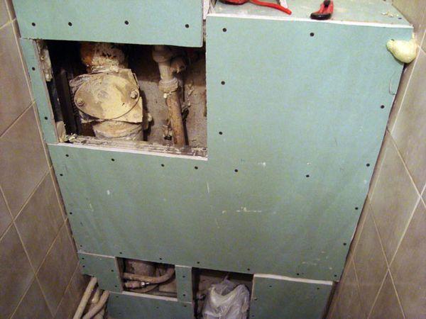 закрытые трубы в туалете гипсокартоном