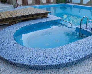Смеси для затирки швов керамики в бассейне