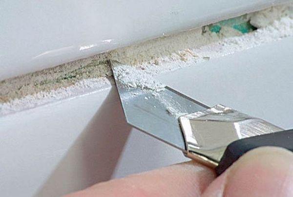Как очистить плитку от засохшей затирки