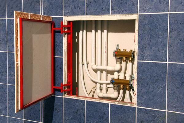 Ревизионный люк – «невидимка» в ванной
