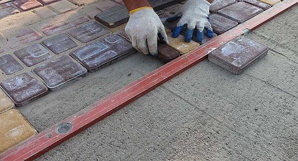 Тротуарная плитка для гаража своими руками 48