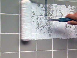 Как покрасить плитку в ванной