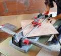 Как резать настенную кафельную плитки в домашних условиях
